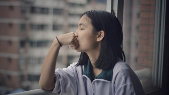 Overthinking: il pensare troppo che influenza la tua felicità